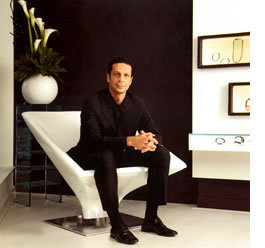 """Robert Tateossian, """"The King of Cufflinks"""" In Florence, Italy"""