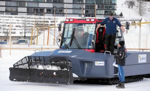 ST. MORITZ, 6FEB16 - Aus Sicherheitsgruenden fuer Pferd und Reiter ist der erste Renntag von White Turf St. Moritz am Samstagmittag durch die Renn- und OK-Organe abgesagt worden. Trotz stabiler Eisdecke und genuegend Schnee hatten sich durch das warme Wetter in den vergangenen Tagen an einigen Stellen Wasser angesammelt. Bereits am Freitag, 5. Februar 2016, mussten Rennleitung, OK und Fachleute die Wasser-Problematik zur Kenntnis nehmen - Night Turf wurde darauf mit einem reduzierten Spezialprogramm ausgetragen.  Due to warm weather the first racing day of White Turf St. Moritz, the famous international horse races on the frozen lake of St. Moritz, Switzerland, had to be cancelled, February 6, 2016.  swiss-image.ch/Photo Andy Mettler