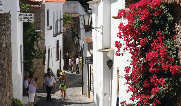 DISCOVER THE IDYLLIC REGION OF ALENTEJO WITH FOUR SEASONS HOTEL RITZ LISBON