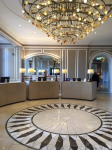 Lobby-entree of the Waldorf Astoria Edingburgh